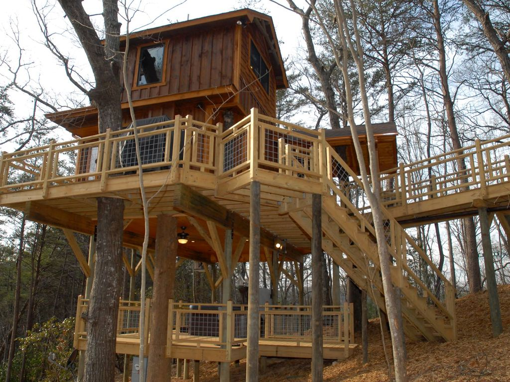 Hanging Tree House Secluded Upscale Treehouse Big Views Hot Tub Fire Pit Hanging