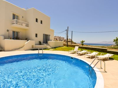 Photo for Naxos Relaxing Villa with jacuzzi for 8