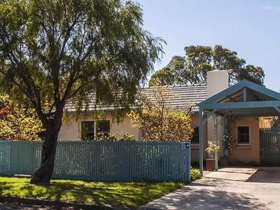 Photo for Punt House - charming two bedroom house near the main street shops
