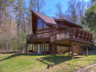 Photo for STAY BY THE RIVER with picnic area, firepit, 3BR/2BA, Greatroom, mins to Boone!