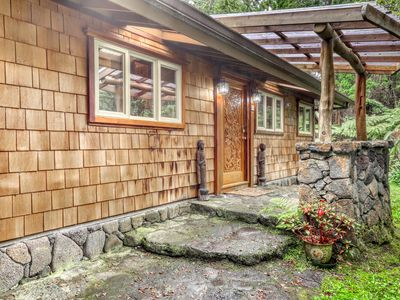 Family-friendly detailed home w/ nearby golfing options!