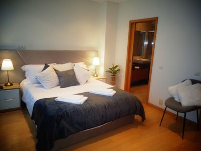 Photo for Beautiful Town Centre Apartment with Pool
