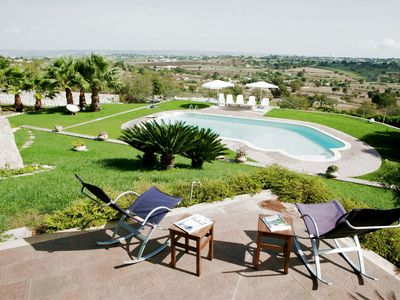 Photo for Beautiful villa with pool in the countryside between Modica and Ragusa