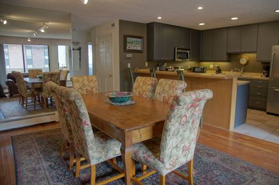 Dining area is adjacent to the Kitchen