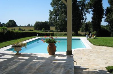 Photo for Old house with BIO heated  pool  2 to 6 pers.
