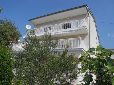 Photo for Holiday apartment Selce for 8 persons with 3 bedrooms - Holiday apartment