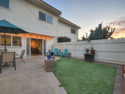 Photo for Dreamers 4 BD townhome 98+ Location!
