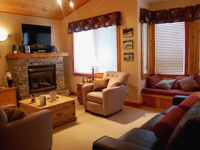 Photo for Big White Grizzly Lodge #302: 2 Bedroom Premium + Den