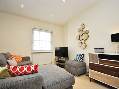 Photo for Superb 2 bedroom in the heart of Marylebone minutes to Baker street