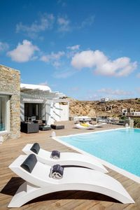 Photo for Luxury Villa with Pool and magnificent sea view