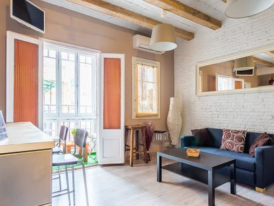 Photo for 2 bedroom apartment with Free Wi-Fi in the heart of Barcelona