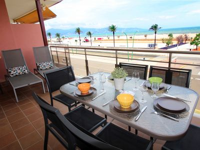 Photo for Apart-Rent-Apartment with seaview (0090)