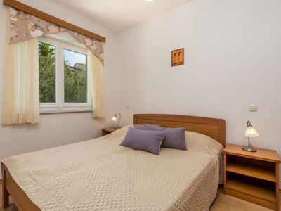 Photo for Apartment Mare 7 in Rab/Kampor - 4 persons, 1 bedrooms
