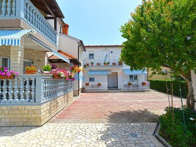 Photo for Apartment 395/899 (Istria - Medulin), Family holiday, 500m from the beach