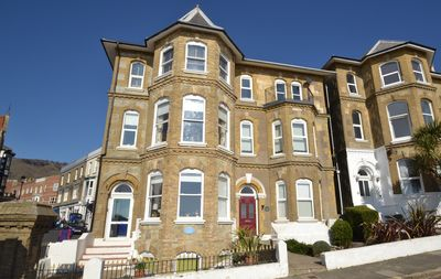 Photo for Flat 2 Alexander Gardens -  a flat that sleeps 3 guests  in 2 bedrooms