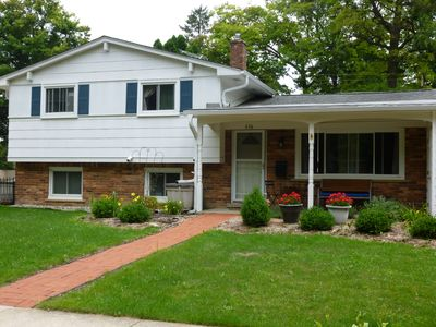 Photo for Quiet neighborhood in Ann Arbor just minutes from downtown and Michigan Stadium