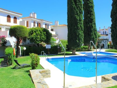 Photo for Estepona-Albayalde. Spacious and comfortable apartment ideal for families