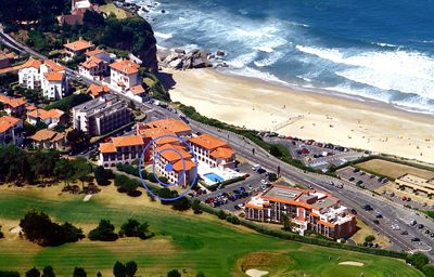 Photo for Anglet/Biarritz 2-star apartment - Ocean View and terrace over the golf