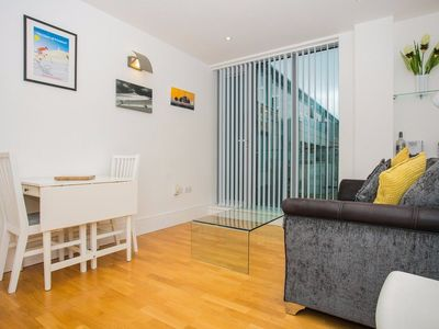 Photo for 1 Bedroom Flat next to Kings Cross Station