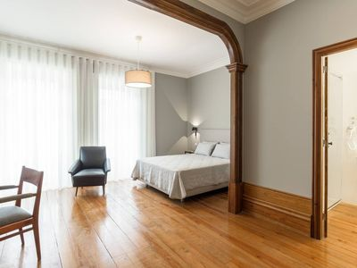 Photo for Lovely Townhouse with Pool and Breakfast - Room 3