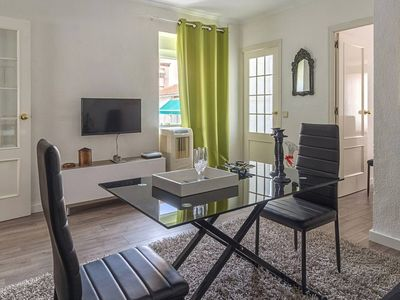 Photo for Beautiful renovated penthouse with terrace, downtown