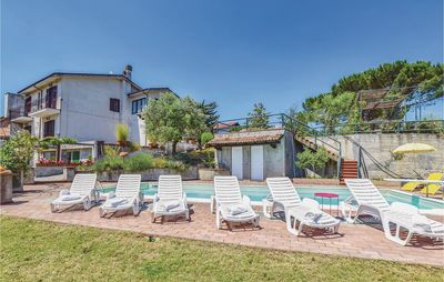 Photo for 5 bedroom accommodation in Montemarzino -AL-