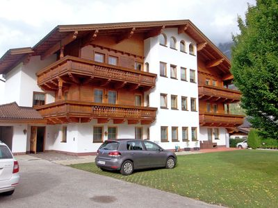 Photo for Large and cozy apartment in a beautiful location on Lake Achen