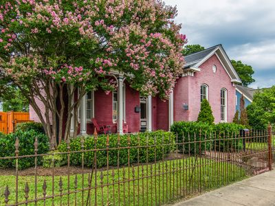 Photo for 1BR Bed & Breakfast Vacation Rental in Nashville, Tennessee