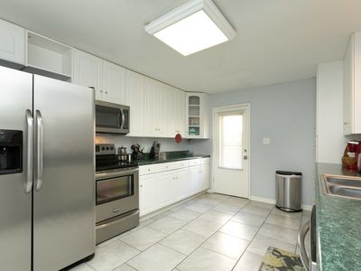 Photo for Beautifully decorated 2 bed 2 bath condo.