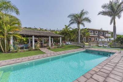 Finca San Diego heated pool and barbecue