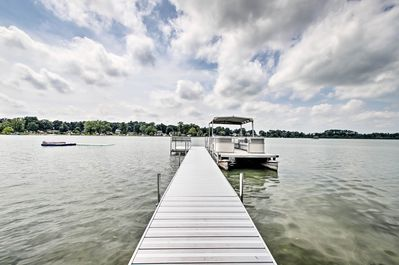 Your group of up to 22 is invited to enjoy an array of on-site lake amenities.