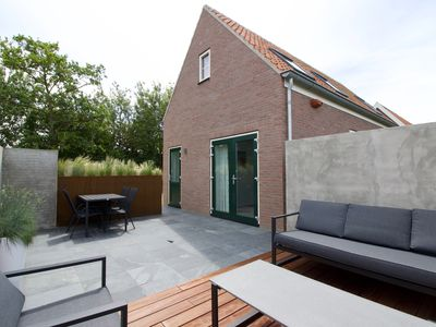 Photo for Zeeuws Huisje, new holiday home centrally located within cycling distance of the beach