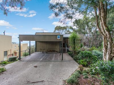 Photo for STAUGHTON VIEWS - Private Oasis with View