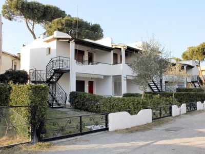 Photo for Apartment Villa Fausta (ROM410) in Rosolina Mare - 5 persons, 2 bedrooms