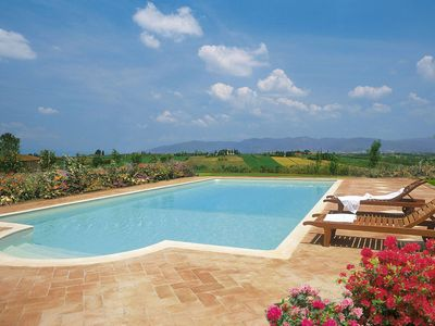 Photo for Villa Michelangelo is a wonderful property in Arezzo Area, Tuscany, with private pool, SPA with saun