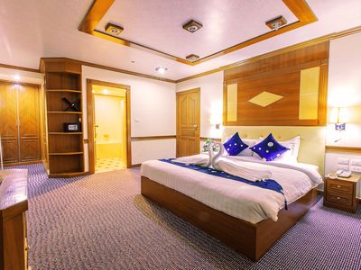 Photo for BIG 3 BEDROOM HOTEL in CITY CENTER For 6
