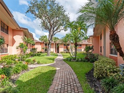 Photo for New Listing available monthly during winter 2020.  Just off Marco,  good rate!