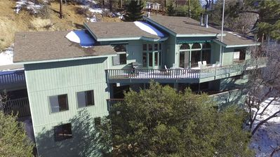 Grand View Chalet (40+) 5-star Reviews! Movie Theater, Game Room, Spa