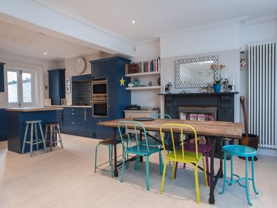 Photo for A funky and colourful property in a lovely West London location (Veeve)
