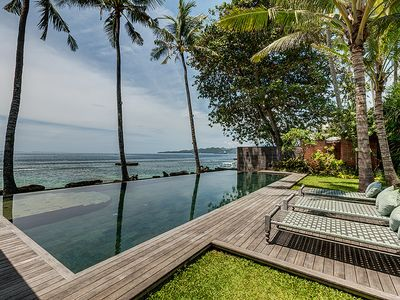 Photo for Stunning and exclusive Beachfront villa