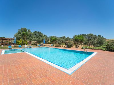 Photo for Apartment Dimora Rossa with Shared Pool, Wi-Fi & Air Conditioning; Parking Available, Pets Allowed