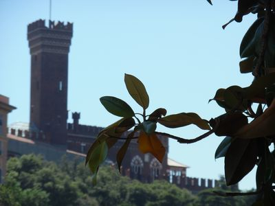 Photo for Wonderful apartment with garden in 800 Villa in the heart of Genoa