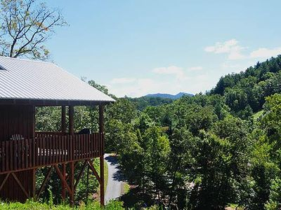OPEN MAY 1ST!! Great Cabin close to town - River Access, Casino