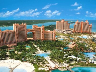 Photo for Harborside Resort at Atlantis - June 8th-15th - 1 Bed Corner Room - Full Access
