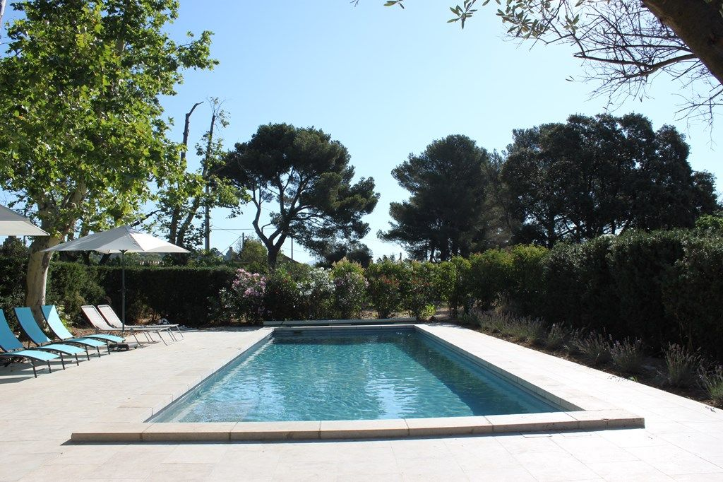 Good ... Swimming Pool And Park In Marseille. Saint Mitre House Rental