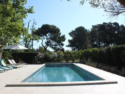 Photo for Villa croix du sud with swimming pool and private park in Marseille