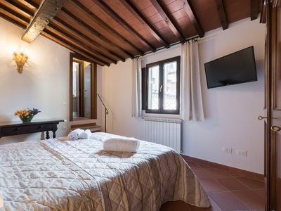 Photo for SENESE 38 - KEYS OF ITALY - Apartment for 4 people in Florencia