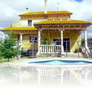 Photo for Holiday house Navas de Riofrio for 12 - 14 persons with 6 bedrooms - Farmhouse