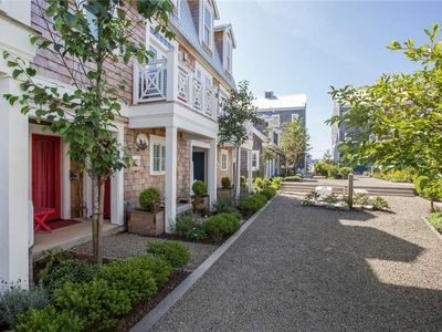 Photo for Ospreys Perch: a beach getaway at Seabrook in Pacific Beach