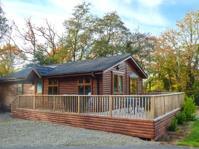 Photo for THE WILLOWS, family friendly, with hot tub in Narberth, Ref 948719